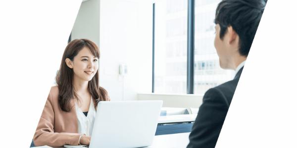 専属のキャリアアドバイザーが転職成功までサポート